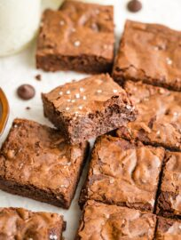Close-up of cut chewy brownies.