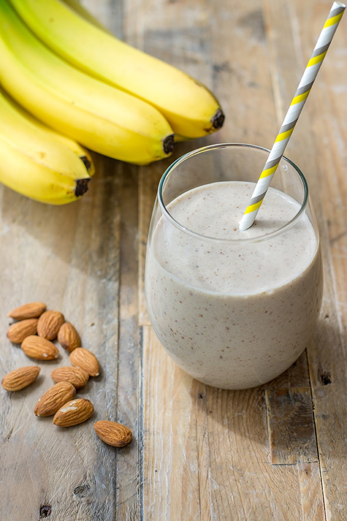 Wholesome banana almond milk smoothie with flax seeds, vanilla, and cinnamon. Like a healthy milkshake!