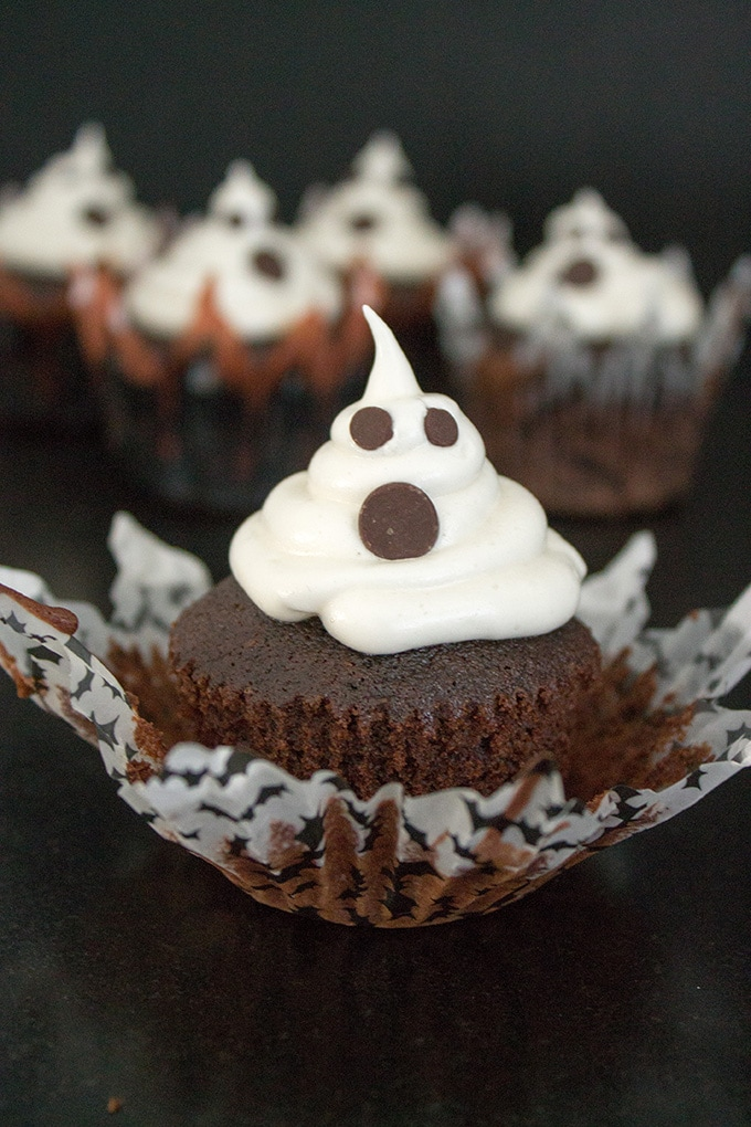 Spooky ghost cupcakes.