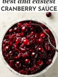 Easy homemade cranberry sauce is the perfect make-ahead Thanksgiving recipe! #thanksgiving #cranberries