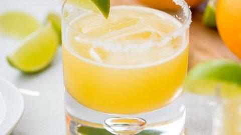 Skinny Margaritas with Agave and Fresh Orange Juice