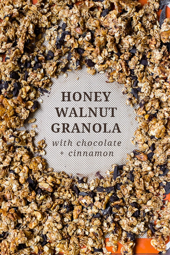 The best homemade granola recipe with honey and coconut oil, walnuts, chocolate, and a hint of cinnamon. Ready in just 30 minutes! #granola #breakfast #honey