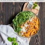 A delicious, flavorful dinner ready in less than 30 minutes with only five ingredients! Penne alla vodka with chorizo and sun-dried tomatoes is a total weeknight hero! #dinnerrecipes #dinnerideas